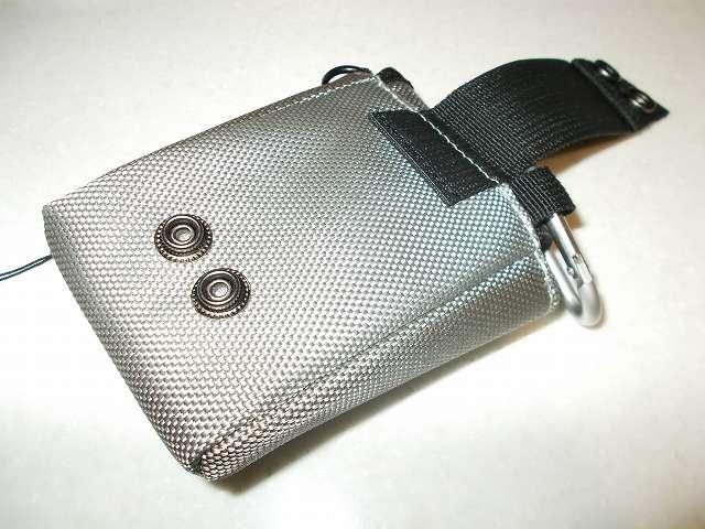 ELECOM DGB-023GY グラフギアデジタルカメラケース グレー ベルトにしっかり固定できるスナップ式ベルトループ付
