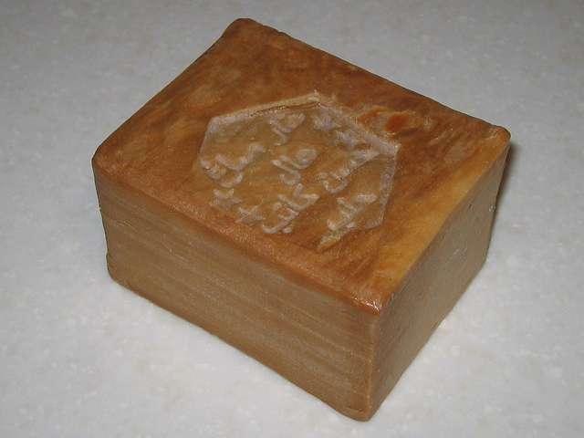 アレッポからの贈り物 (エクストラ ローレルオイル 16%配合石鹸) カット前