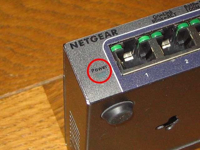 NETGEAR ネットギア アンマネージプラススイッチ ギガ 8ポート スイッチングハブ 管理機能付 無償永久保証 GS108E-300JPS 電源 LED