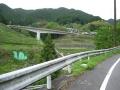 160429厳しい直登からカーブ区間の橋が見えてくる