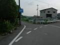 160710脇道に入り、普賢寺川沿いの細道を進む