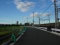 160821中之芝の線路沿いを帰路へ