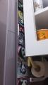 160708冷蔵庫のサイドにパンダコレクションを貼る