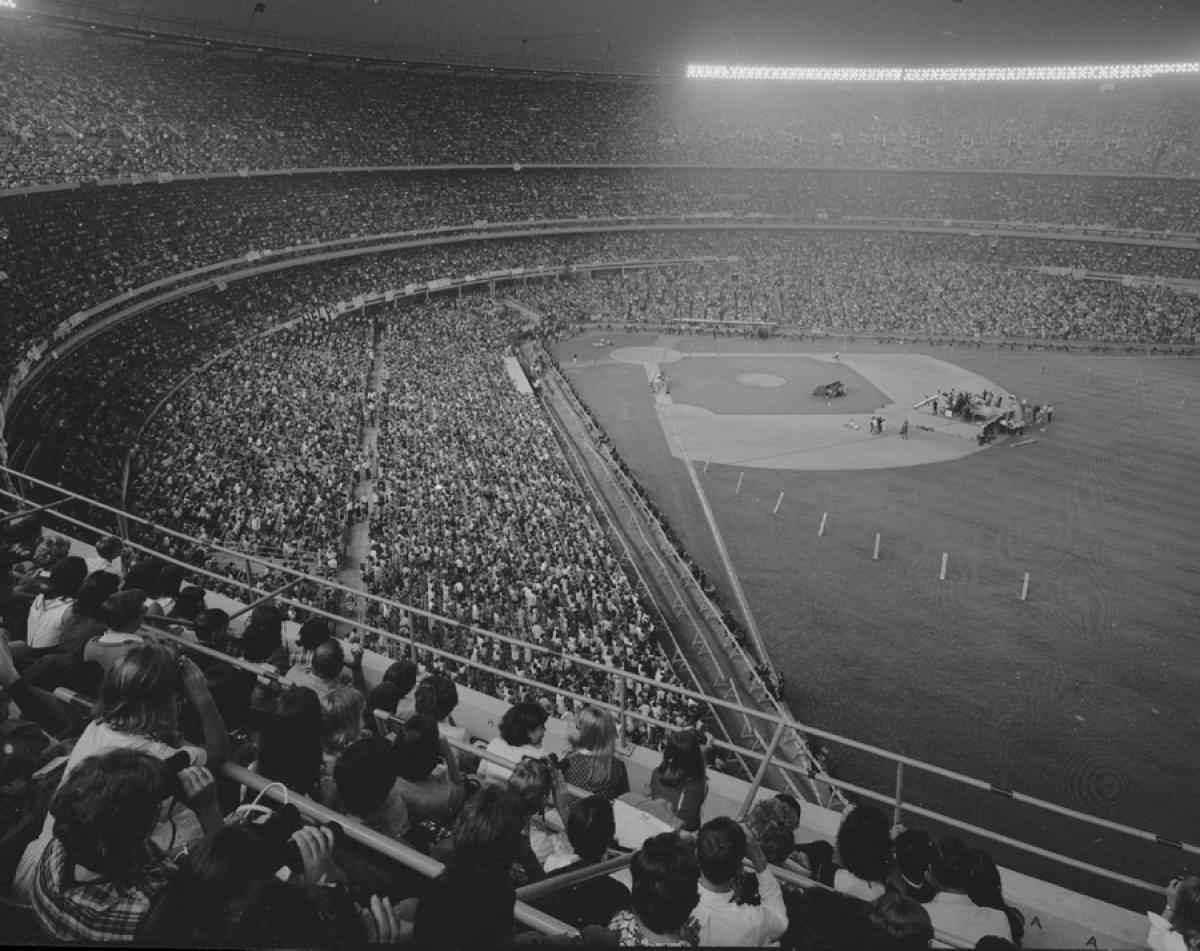 beatles-play-shea-stadium-1965.jpg