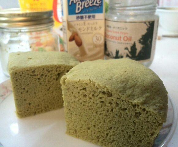 大豆粉の蒸しケーキ