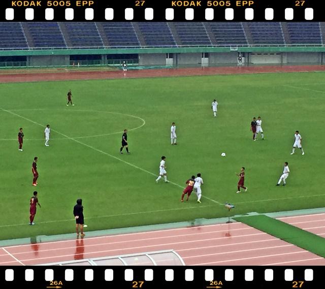 サッカー1-6