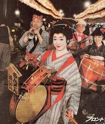 多賀神社の万灯祭