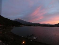 富士山の夕景 河口湖から