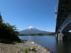 河口湖 産屋ヶ崎 河口湖大橋 2016.05.12 9:46