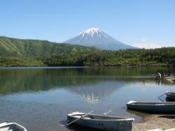 西湖 逆さ富士 2016.05.12