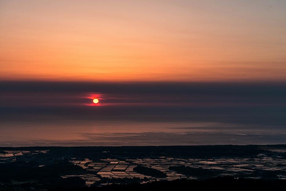 2016.05.22宝達山からの夕日3