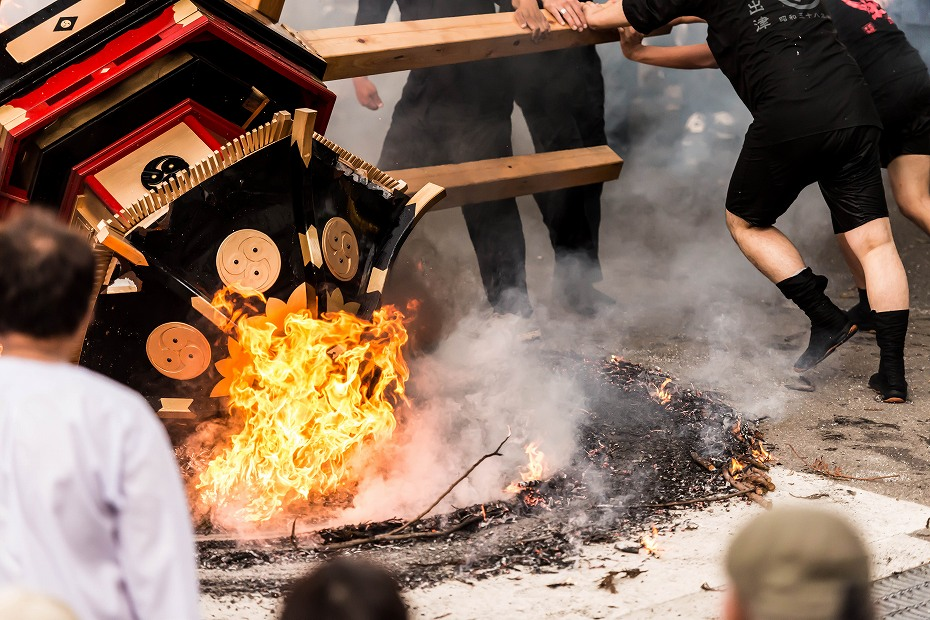 2016.07.02酒垂方神輿海へ火の中へ8