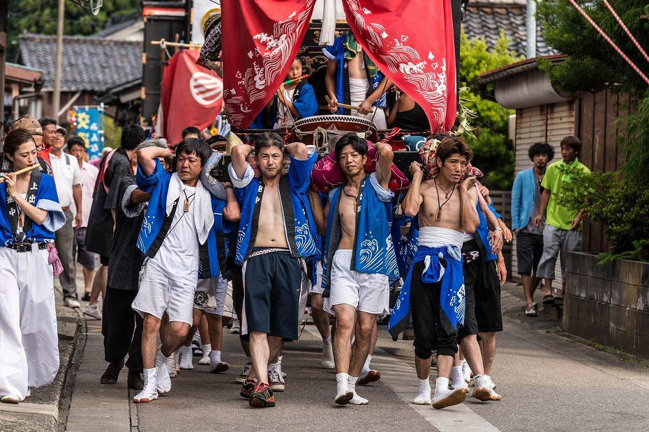 2016.07.23松波人形キリコ祭りの練り歩き5