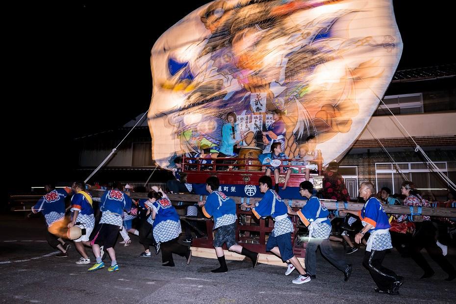 2016.08.27にわか祭の広場で回転19