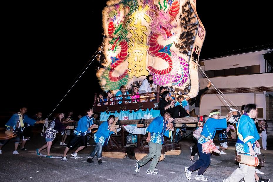 2016.08.27にわか祭の広場で回転15