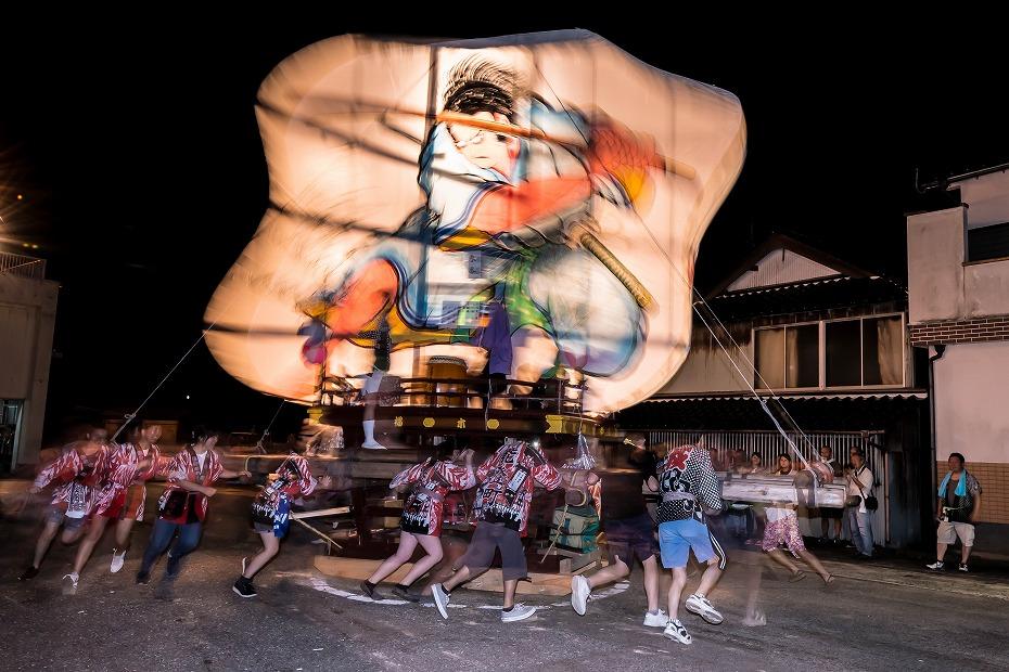 2016.08.27にわか祭の広場で回転17