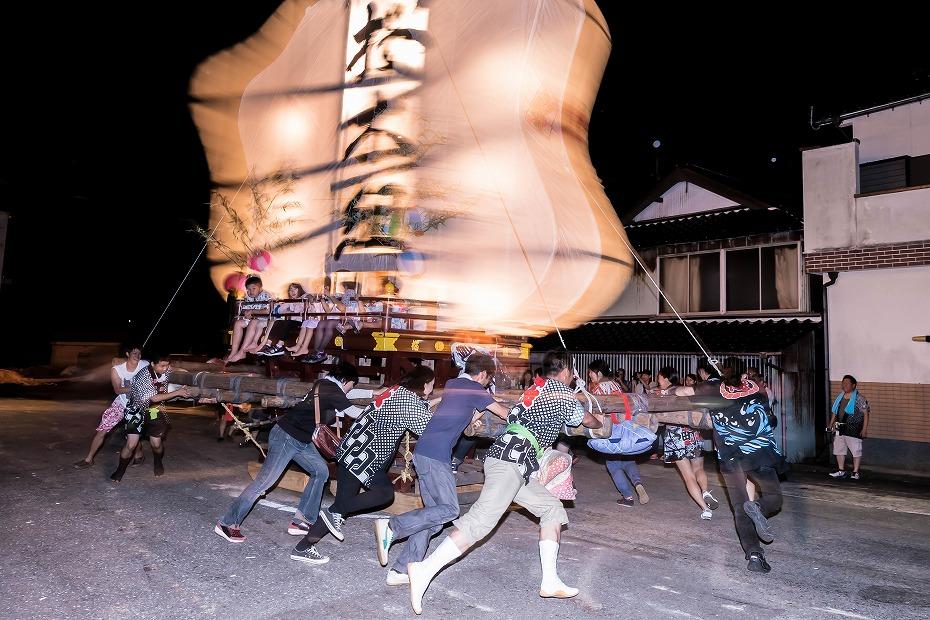2016.08.27にわか祭の広場で回転16