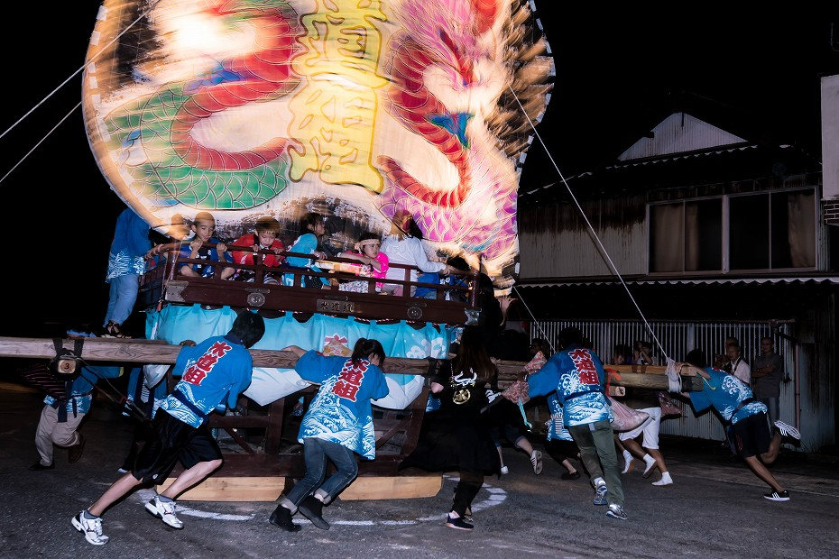 2016.08.27にわか祭の広場で回転13