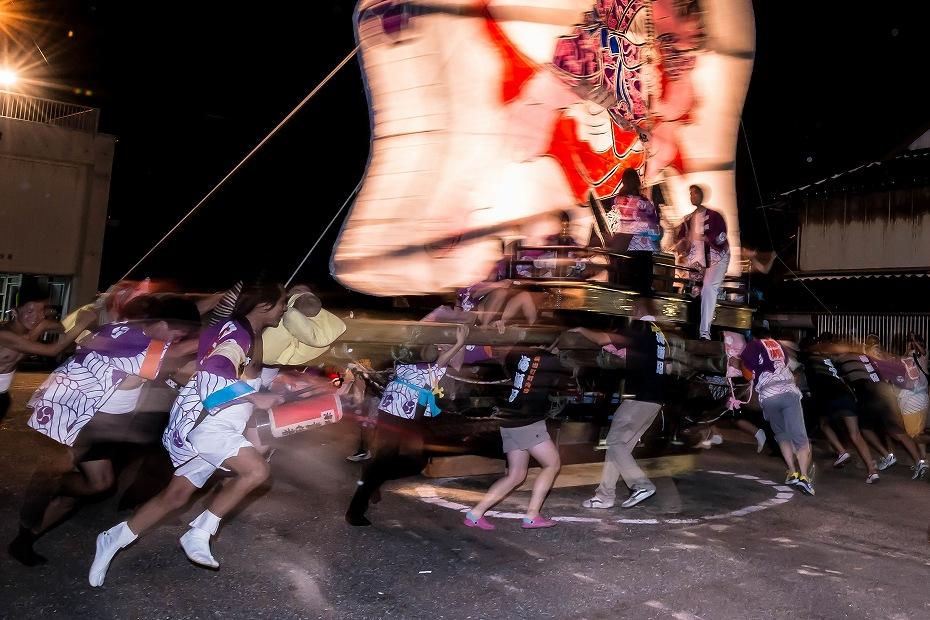 2016.08.27にわか祭の広場で回転11