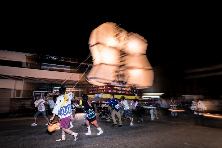 2016.08.27にわか祭の広場で回転7