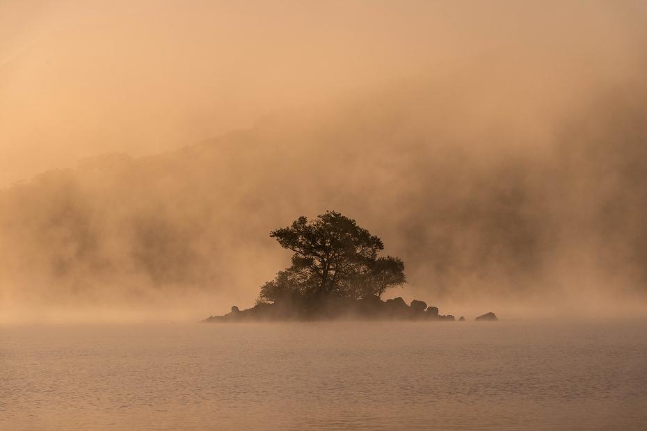 2016.10.16桧原湖の朝霧7
