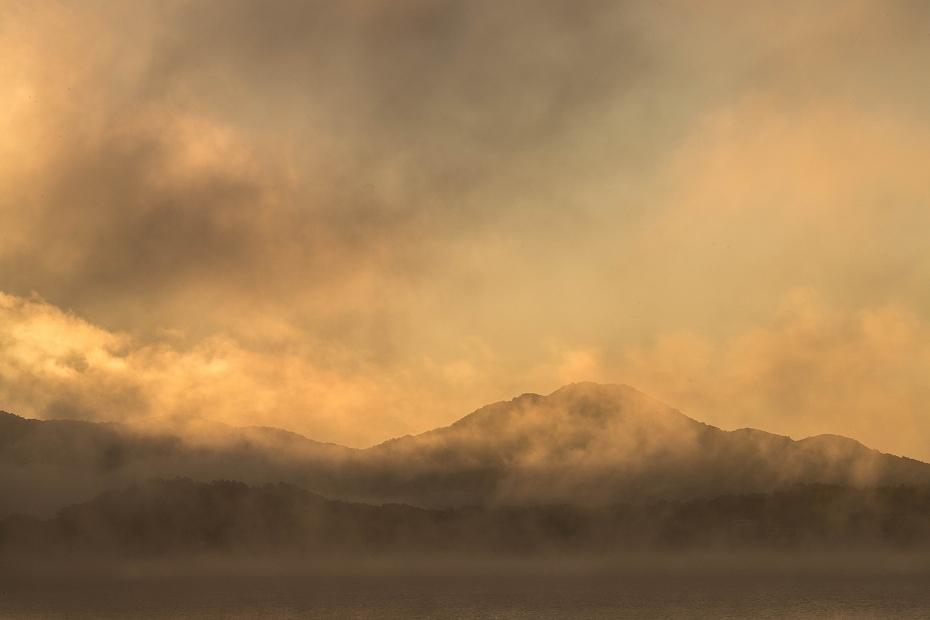 2016.10.16桧原湖の朝霧4