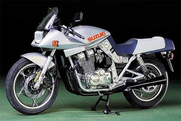 Suzuki GSX 1100S Katana 81 2