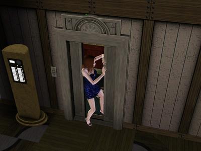 67日エレベーター