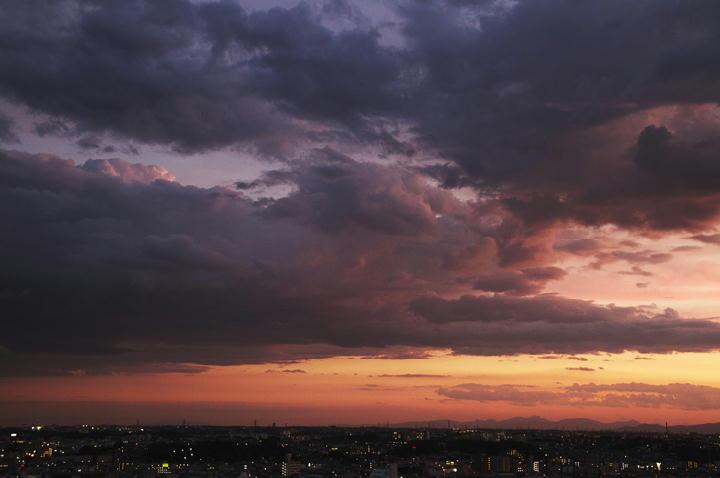 8.8 18.59 雲-1