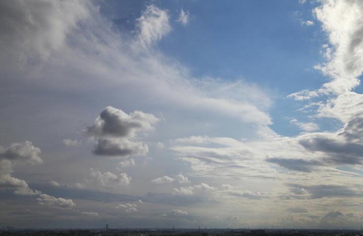 雲 9.7 15.15