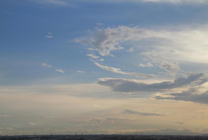 雲 9.7 17.00