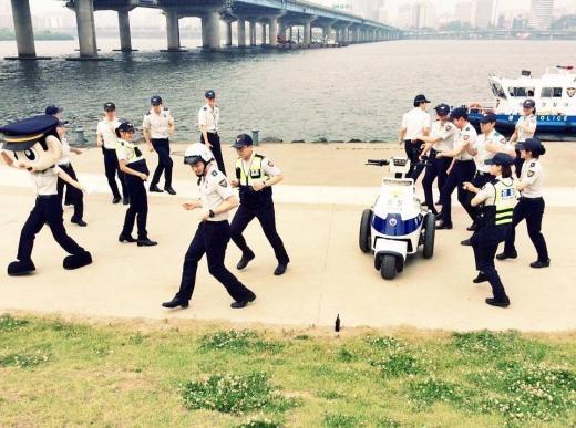 160523ソウル警察ランニングマンチャミ