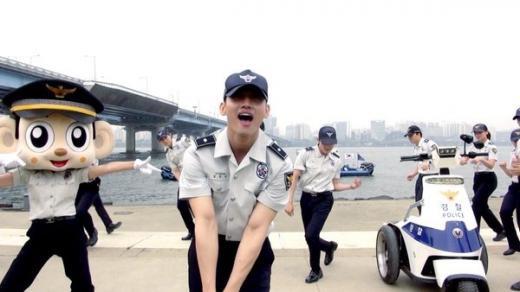 160530ソウル警察ランニングマンチャミ