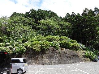 真野寺 崖