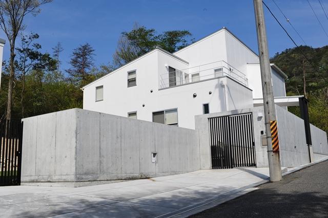 滋賀県 大津市 リゾートモダン ガレージハウス