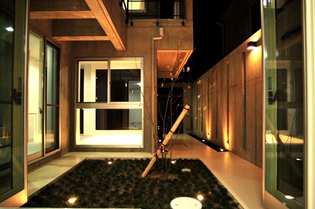 注文住宅 デザイナーズ住宅 京都 ライトアップ 中庭