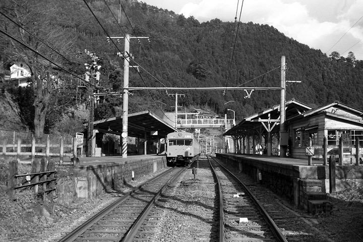 198712_鳩ノ巣駅