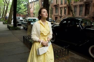 『ブルックリン』 黄色のワンピースがシアーシャ・ローナンにとてもよく似合っていた。