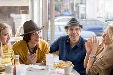ノア・バームバック 『ヤング・アダルト・ニューヨーク』 ジョシュとコーネリアの40代夫婦はジェイミーとダービーの20代夫婦と知り合いになる。