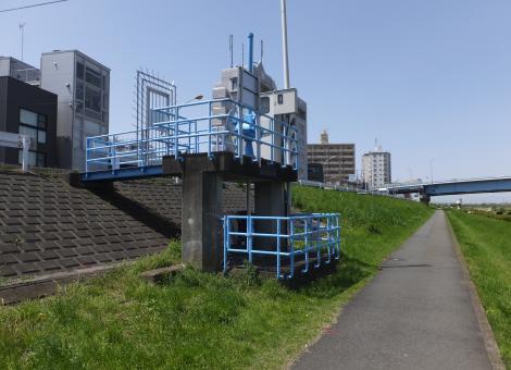川崎市上下水道局・二子排水樋管