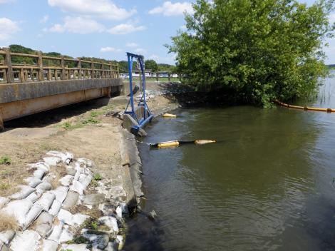 滝下揚水機場取水口