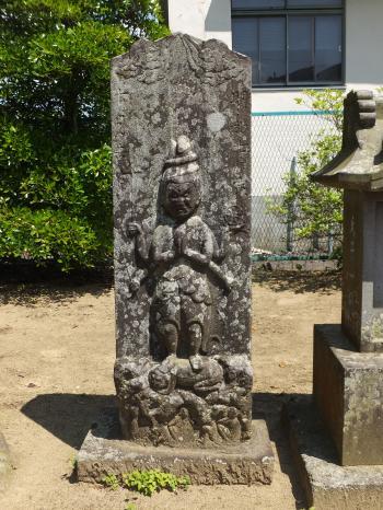 八幡神社の庚申塔