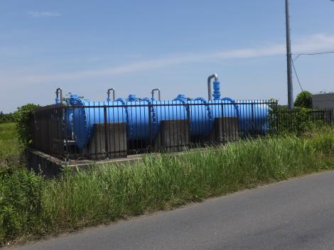手賀川浄化施設・青色の導水管
