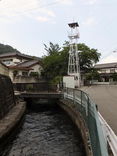 入戸野沢を潜った徳島堰