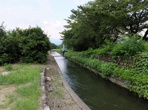 徳島堰・堅沢付近