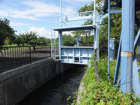 徳島堰取水ゲート・第二調整池前