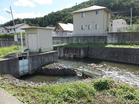 堰尻川の農業用水取水施設