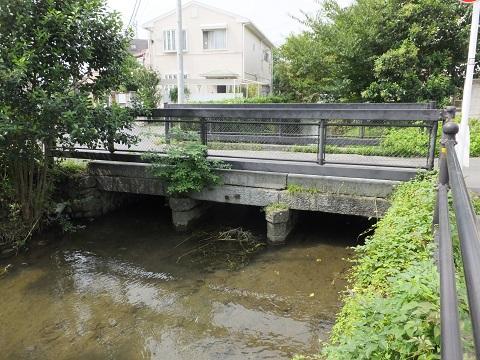 大丸用水・菅堀の石橋