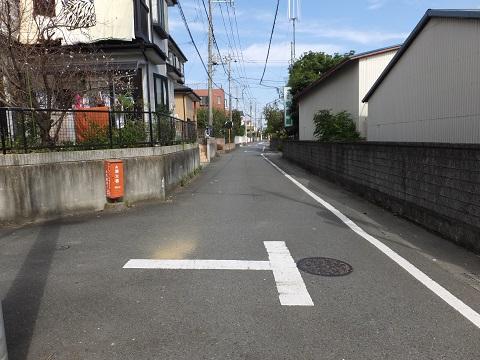 鉤の辻道・厚木市金田