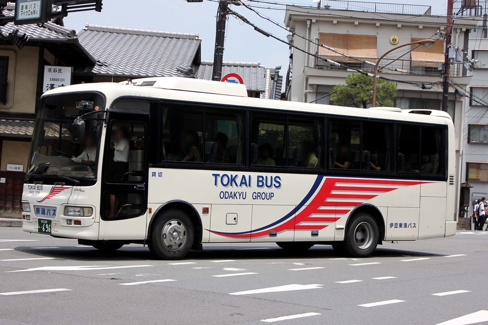 伊豆東海バス あ696